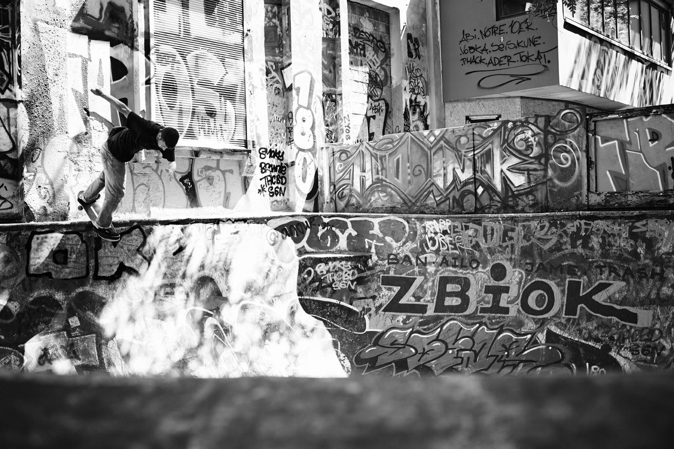 Adidas, Flora Bowl, Deck Magazine, Skate, Skateboarding, Hamburg, Christopher Shaw, Fotografie, Black White, Backside Desaster, Bowl